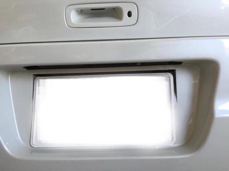 スイフトバックライト交換方法