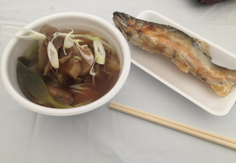 鮎と芋煮_山形