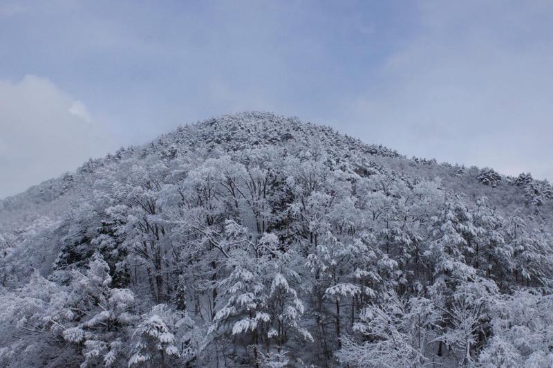 th_冬の峠道02