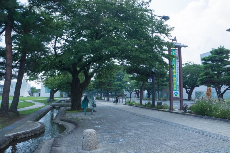 秋田青森スイフト旅行_十和田美術館に行ってきたい