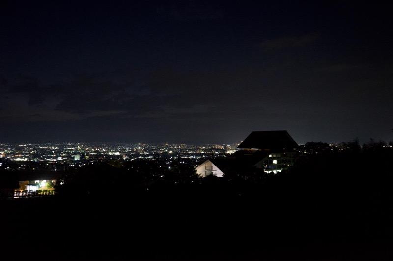 悠創の丘_夜景を撮る