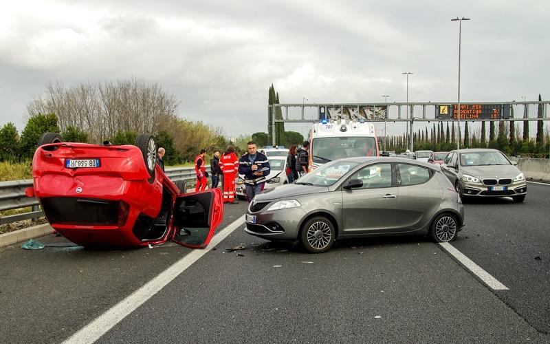交通事故 海外