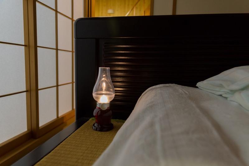 remax_アラジンランプ_寝室や書斎で使えるライト